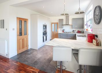 Thumbnail 4 bedroom detached house for sale in Stirling Road, Larbert