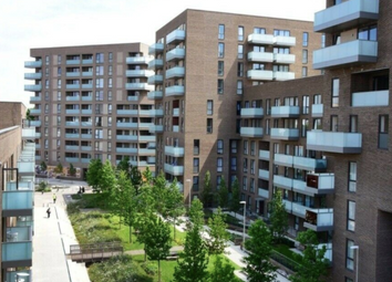 Thumbnail 2 bed flat for sale in Leven Road, Canary Wharf, London