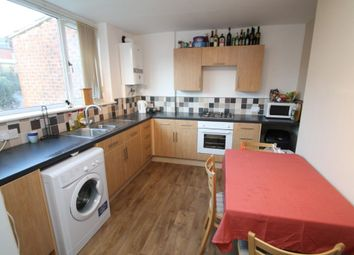 Thumbnail 2 bedroom detached house to rent in Midgley Terrace, Leeds
