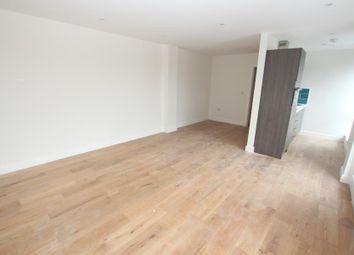 Thumbnail Studio to rent in Chertsey Road, Woking