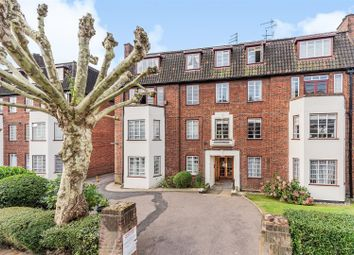 Frognal Lane, Hampstead NW3. 3 bed flat