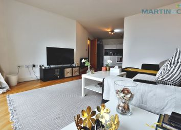 Thumbnail 1 bed flat for sale in Bute Terrace, Cardiff