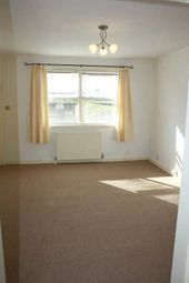 Thumbnail 2 bed flat to rent in Knowehead, Kirriemuir