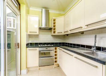 Thumbnail 2 bed flat to rent in Brathway Road, Southfields