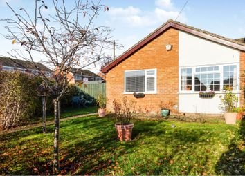 2 bed bungalow for sale in Blenheim Drive, Witney OX28