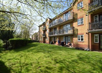 Thumbnail 2 bed flat to rent in Caversham, Reading, Berkshire