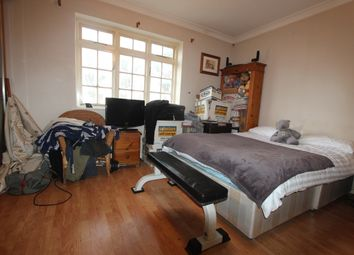 Thumbnail 2 bed flat for sale in Conway Road, London