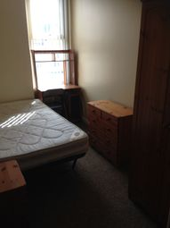 Thumbnail Room to rent in King Edward Road, Swansea
