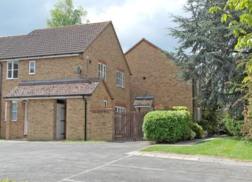 Thumbnail 1 bed flat to rent in Orchard Close, Didcot, Oxford, Oxon