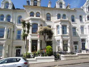 Thumbnail Hotel/guest house for sale in Broadway, Douglas