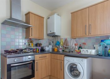 1 bed property to rent in Richmond Crescent, Roath, Cardiff CF24