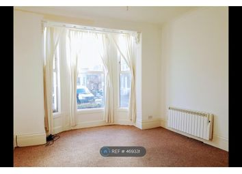 Thumbnail Studio to rent in Chandos Square, Broadstairs