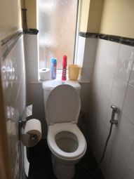 Thumbnail 6 bed detached house to rent in Hillary Road, Slough