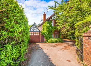4 bed detached house for sale in Furze Platt Road, Maidenhead SL6