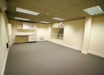 Thumbnail Commercial property to let in Moxon Street, High Barnet, Barnet