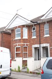 5 bed semi-detached house to rent in Coventry Road, Southampton SO15