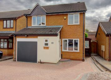 Thumbnail 4 bed detached house for sale in Mayfields Drive, Brownhills, Walsall