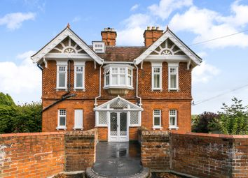 Thumbnail 2 bed flat for sale in Vicarage Road, Henley-On-Thames