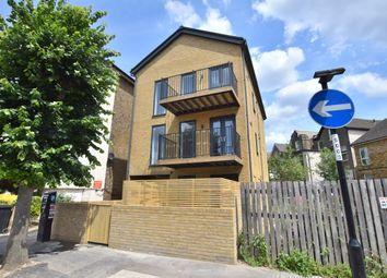 Thumbnail 1 bedroom flat for sale in Lennard Road, Croydon