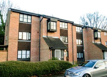Thumbnail 1 bed flat to rent in Firbank Close, Enfield