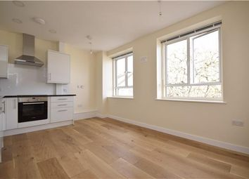 Thumbnail 1 bedroom flat to rent in High Street, Carshalton