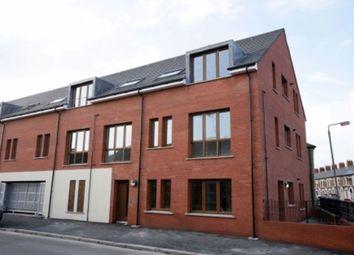 Thumbnail 2 bedroom flat to rent in Cherryville Street, Belfast