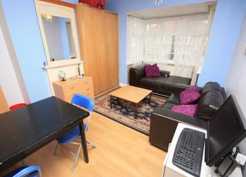 Thumbnail Room to rent in The Approach, East Acton