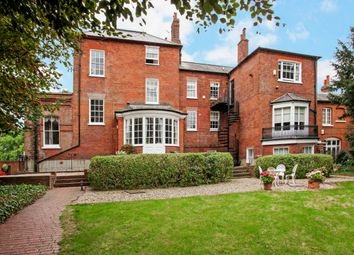 Thumbnail 2 bed flat to rent in Windsor Road, Datchet, Slough