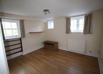 1 bed flat to rent in North Cray Road, Sidcup DA14