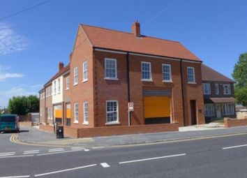 Thumbnail 2 bed property to rent in Beechwood Court, Bell Street