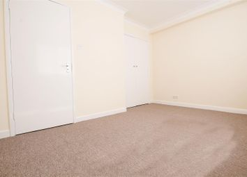 Thumbnail Room to rent in Nicoll Road, London