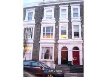 Room to rent in Grantbridge Street, London N1