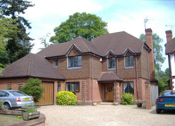 Thumbnail 6 bed detached house to rent in Park Road, Woking, Surrey