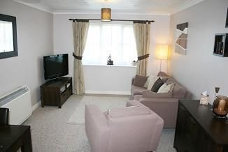 Thumbnail 2 bed maisonette to rent in Thatcham, Berkshire