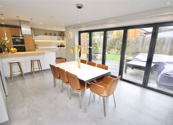 Wren Court, Calne, Wiltshire SN11. 6 bed detached house for sale