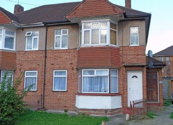 2 bed maisonette to rent in Avon Close, Yeading, Hayes UB4