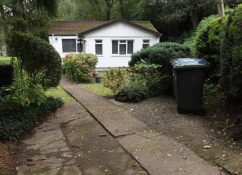 2 bed mobile/park home for sale in Blackbird Hill, Turners Hill Park, Turners Hill, Crawley RH10