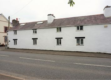 4 bed property for sale in London Road, Trelawnyd LL18