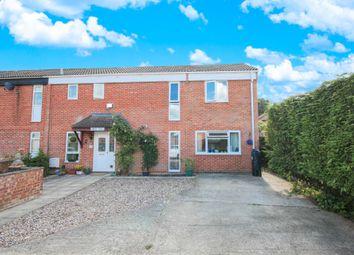 3 bed end terrace house for sale in Oakdale, Bracknell RG12