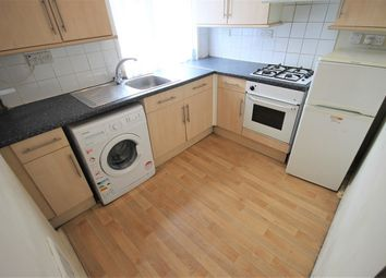 Thumbnail 1 bed flat to rent in Green Lane, Ilford