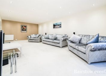 Thumbnail 2 bed flat to rent in Forest Heights, Buckhurst Hill