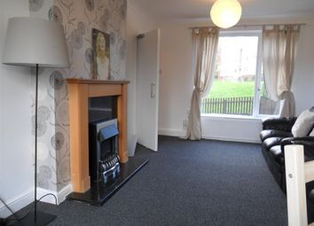 Thumbnail 6 bed terraced house to rent in Queenswood Drive, Leeds