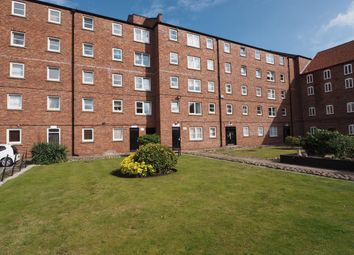 Thumbnail 1 bed flat to rent in Phoenix House, Hull