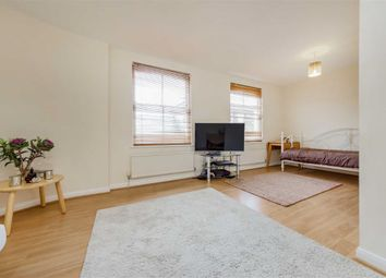 Thumbnail 1 bed flat for sale in Winscombe Street, London