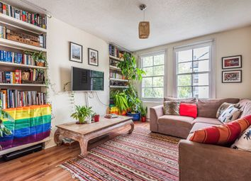 Lomond Grove, London SE5. 1 bed flat for sale