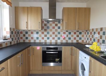 Thumbnail 3 bed flat to rent in Gatewick Close, Slough