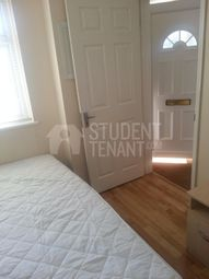 Thumbnail Room to rent in Knight Avenue, Canterbury