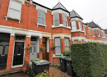 Thumbnail 2 bed flat to rent in Lyndhurst Road, Wood Green