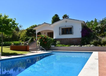 Thumbnail 5 bed villa for sale in Sotogrande Costa, Sotogrande, Cádiz, Andalusia, Spain