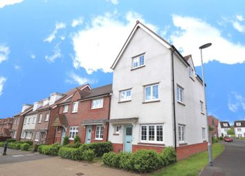 4 bed end terrace house for sale in Eagle Way, Bracknell RG12
